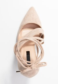 Lost Ink Wide Fit - BOW DETAIL BLOCK SHOE - Decolleté - beige - 3