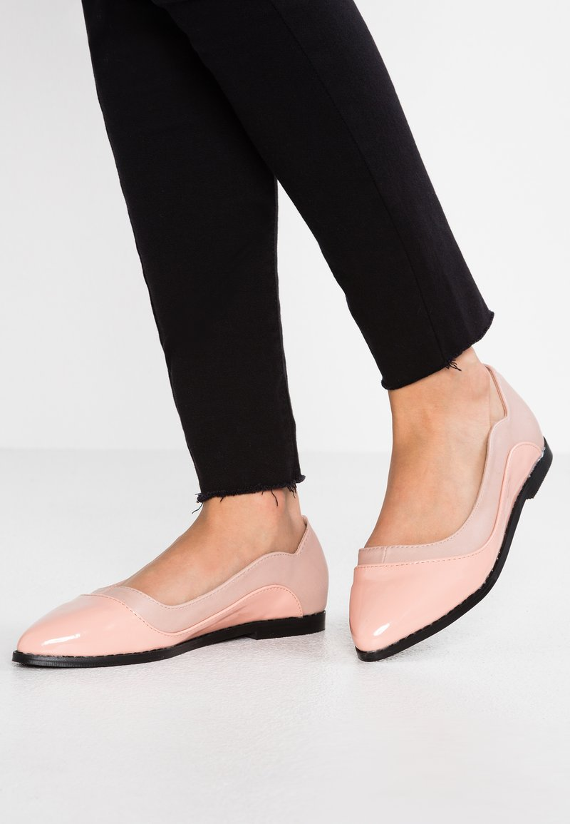 Lost Ink Wide Fit - WIDE FIT OLIVIA FLAT SHOE - Ballet pumps - nude