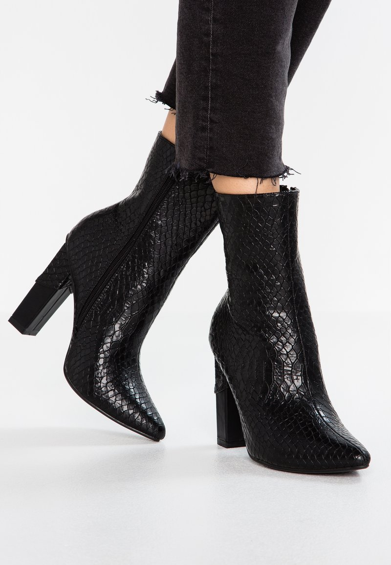 Lost Ink Wide Fit - WIDE FIT BOOT MID WITH BLOCK - High heeled ankle boots - black