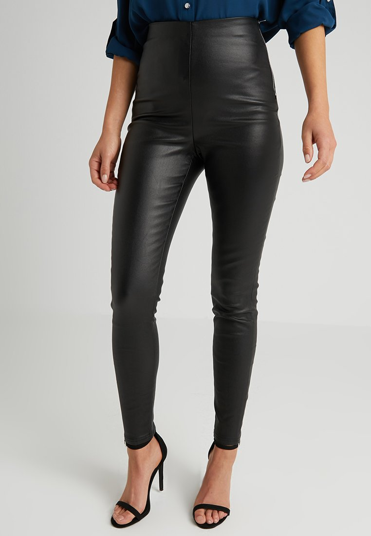 Lost Ink Petite - EXCLUSIVE COATED TROUSER - Leggings - Trousers - black