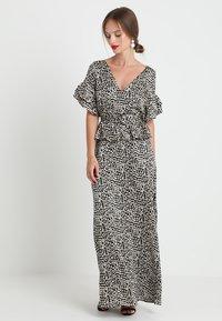 Lost Ink Petite - PRINTED DRESS WITH BELT - Maksimekko - multi-coloured - 0