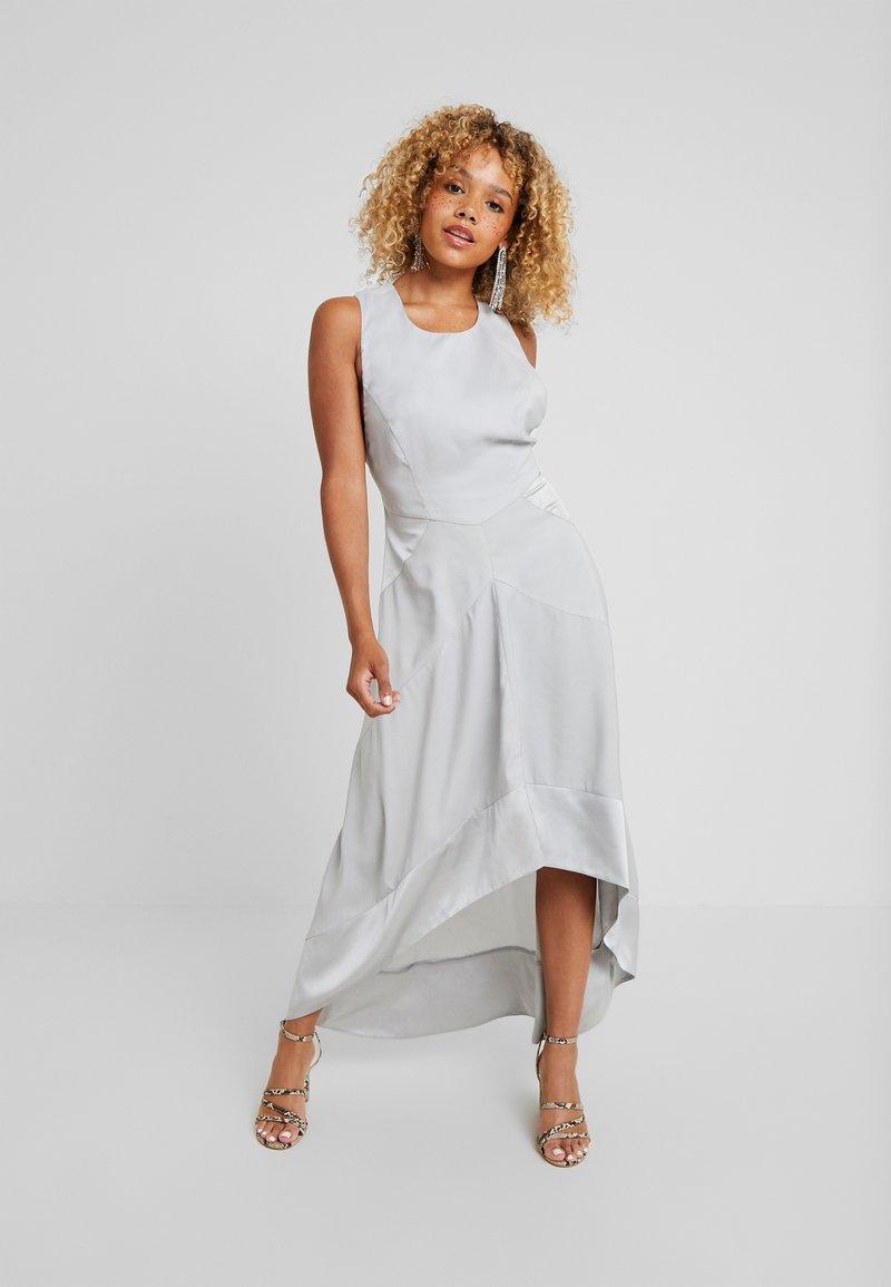 Lost Ink Petite - HALTER NECK DRESS - Robe de cocktail - light grey