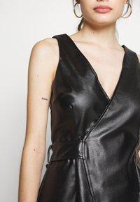 Lost Ink Petite - WRAP DRESS - Vestido informal - black - 4