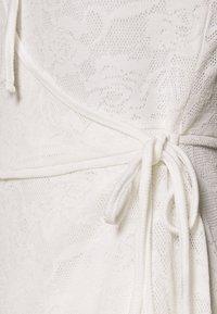 Lost Ink Petite - WRAP MINI DRESS - Vestido informal - white - 2