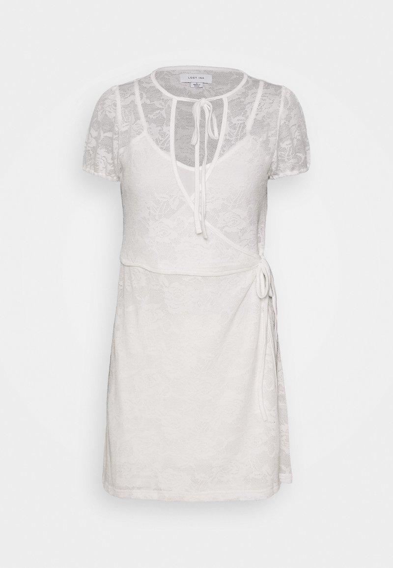 Lost Ink Petite - WRAP MINI DRESS - Vestido informal - white