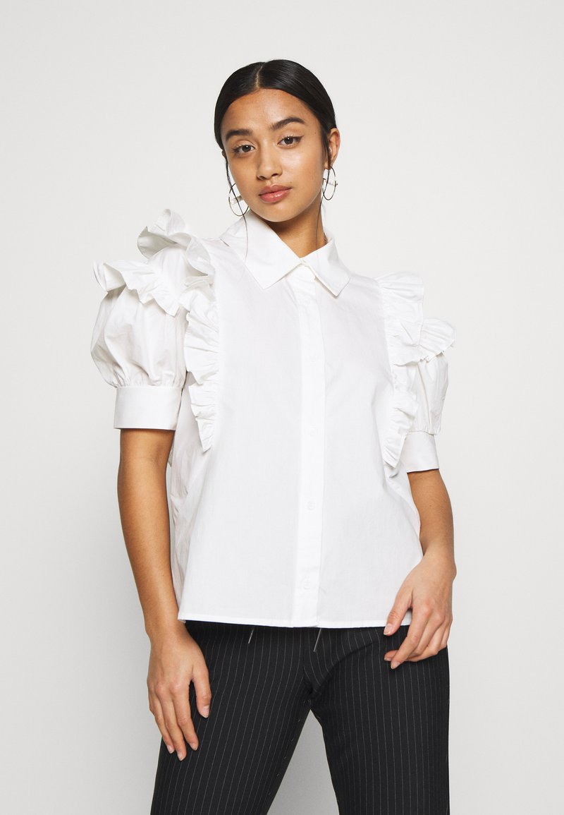 Lost Ink Petite - RUFFLE FRONT - Blůza - white