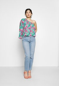 Lost Ink Petite - DRAWSTRING DETAIL ONE SLEEVE BLOUSE - Blusa - multi - 1