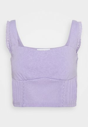 PINTUCK DETAIL CROP - Top - purple