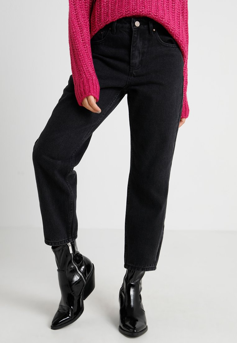 Lost Ink Petite - HIGH WAIST IN DRACO - Jeans Straight Leg - washed black