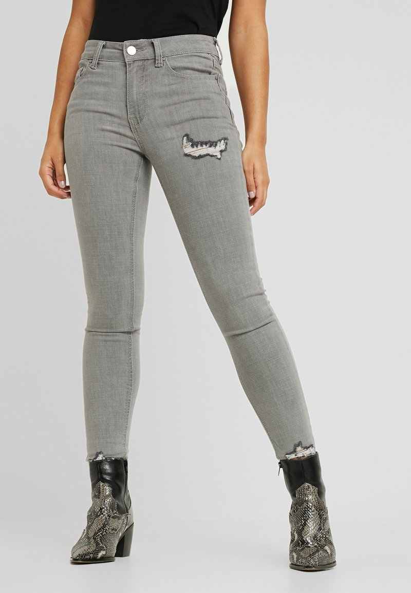 Lost Ink Petite - MID RISE RIP DOVE - Jeans Skinny Fit - grey