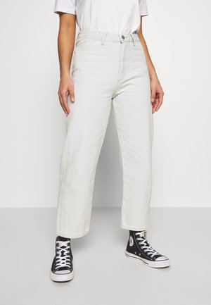 FRONT SEAM CROP PEPPER - Jeans Relaxed Fit - light denim
