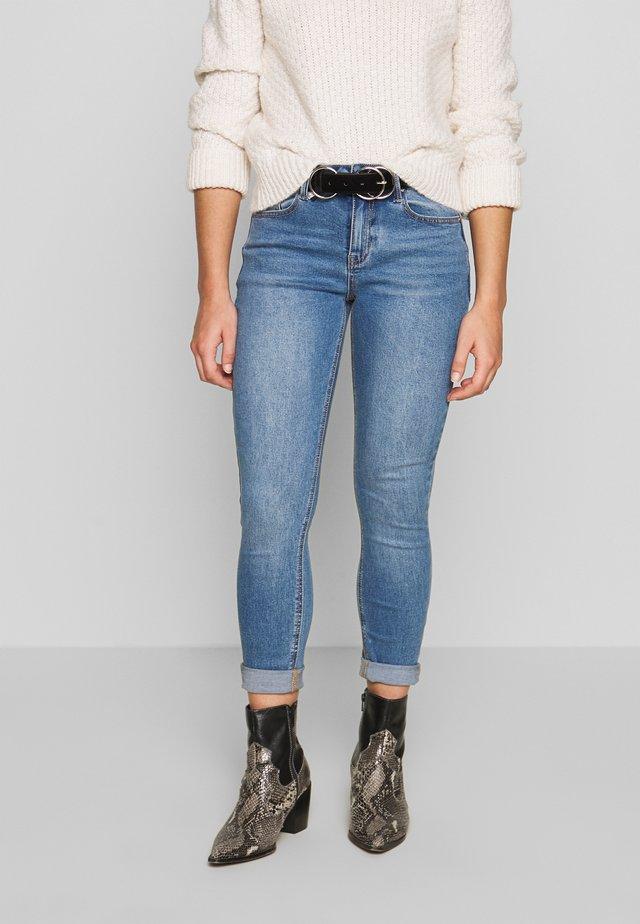 MID RISE - Skinny džíny - janus