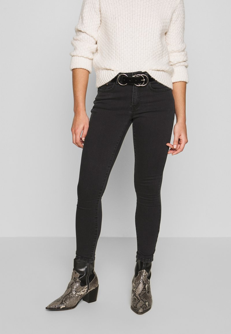 Lost Ink Petite - MID RISE - Skinny džíny - washed black