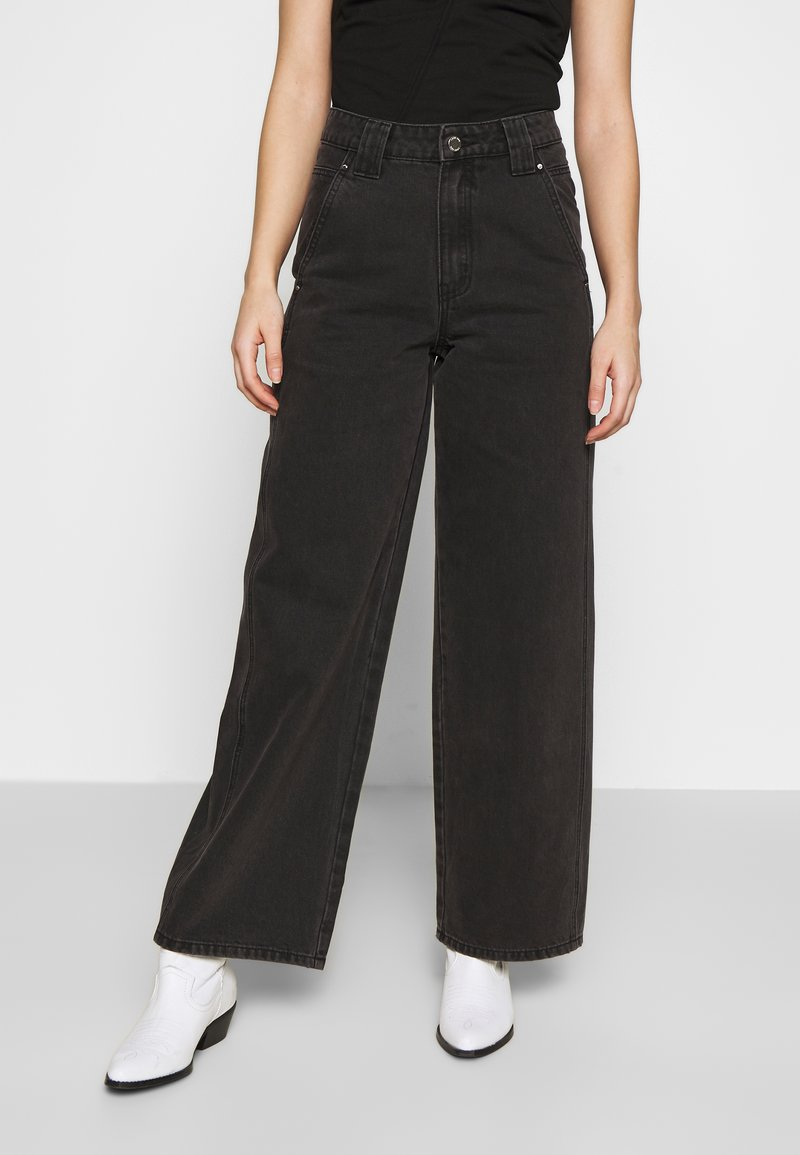 Lost Ink Petite - BALLOON - Jeans straight leg - black
