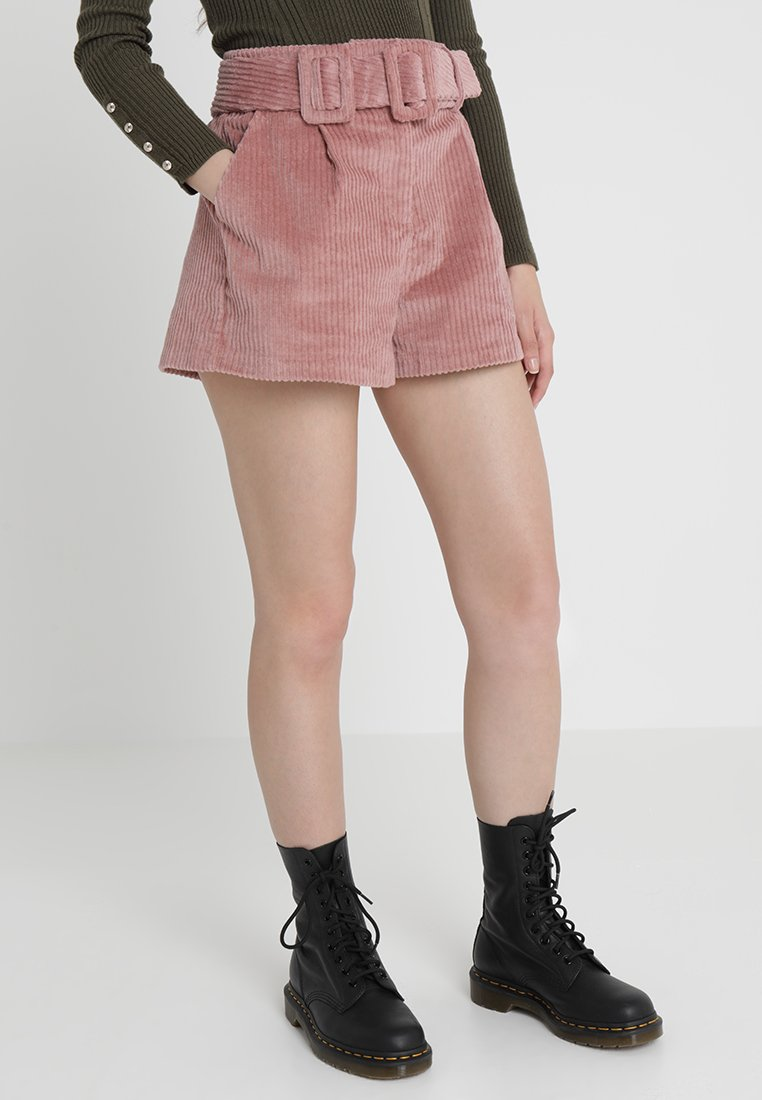 Lost Ink Petite - BELTED - Shorts - pink