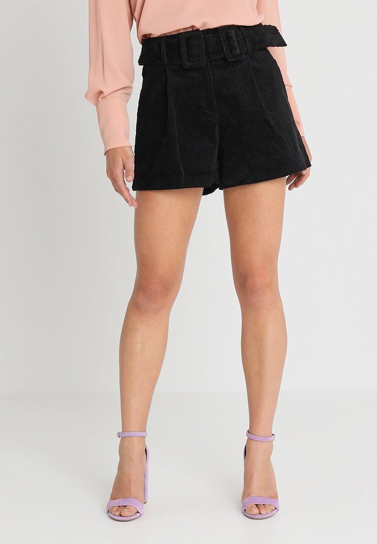 Lost Ink Petite - Shorts - black