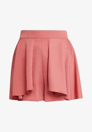 WITH DRAPE OVERLAY - Shorts - nude