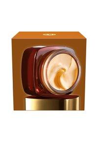 L'Oréal Paris Skin - AAGE PERFECT EXTRA-RICH MANUKA DAY CREAM 50ML - Dagkräm - - - 4