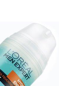 L'Oréal Men Expert - HYDRA ENERGY COOLING MOISTURIZING ANTI-GLARE 50ML - Soin de jour - - - 3