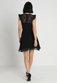 Lipstick boutique - KILA - Koktejlové šaty/ šaty na párty - black - 3