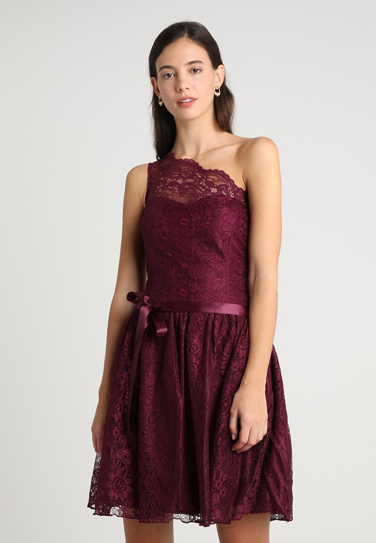 Lipstick boutique - KAYLA - Koktejlové šaty/ šaty na párty - burgundy