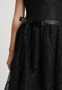 Lipstick boutique - KAYLA - Cocktailklänning - black - 5