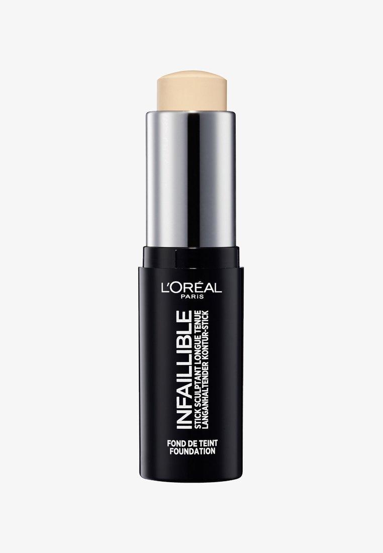 L'Oréal Paris - INFAILLIBLE CONTOUR STICK FOUNDATION - Produits pour le contouring - 100 ivory