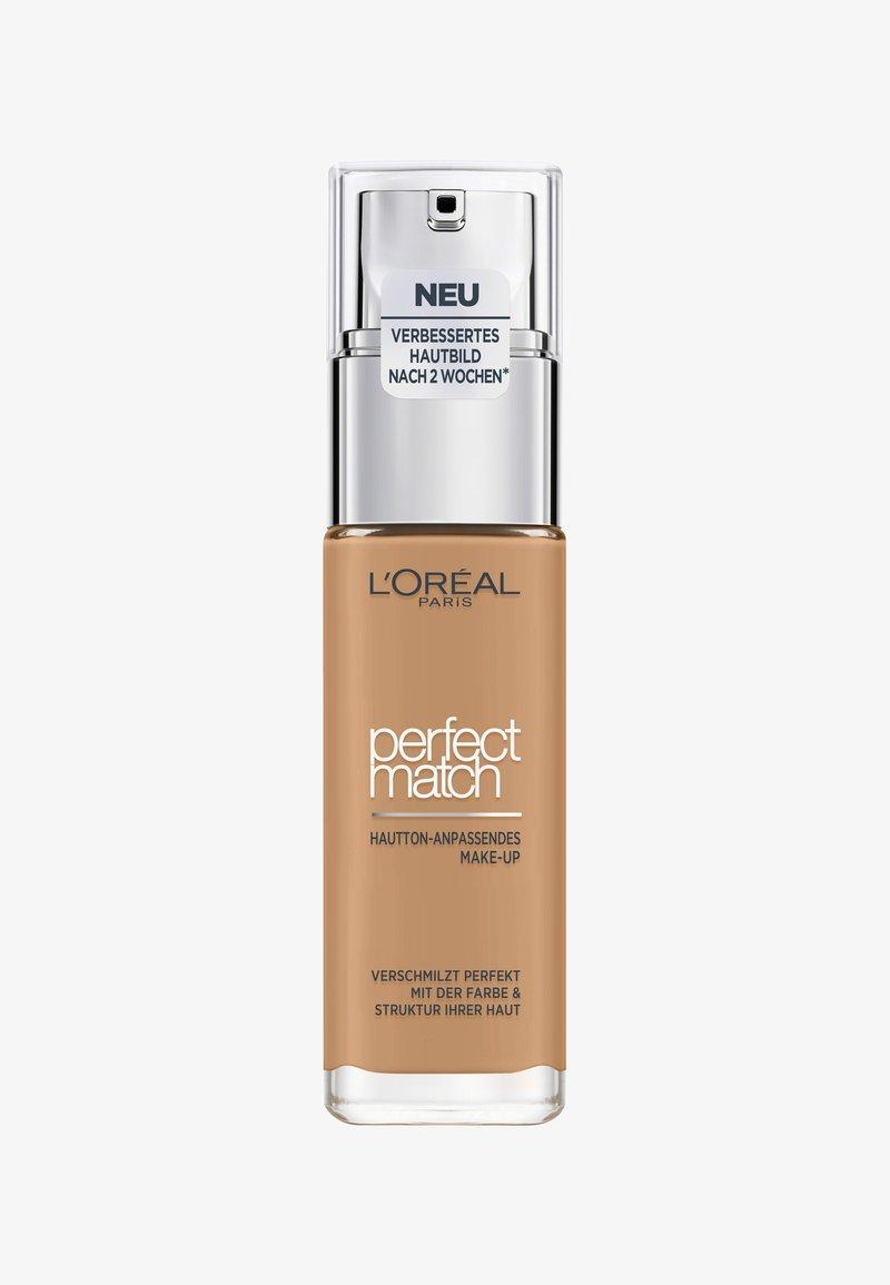 L'Oréal Paris - PERFECT MATCH MAKE-UP - Fond de teint - 6.5.n desert