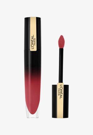 ROUGE SIGNATURE BRILLIANT - Rouge à lèvres liquide - be outstanding