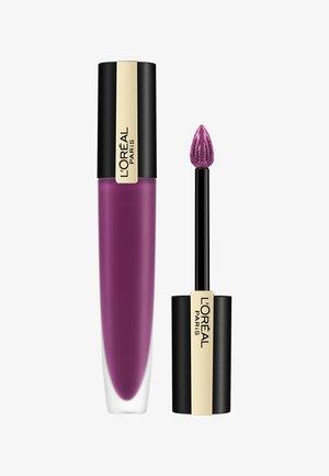 ROUGE SIGNATURE - Liquid lipstick - 104 i rebel