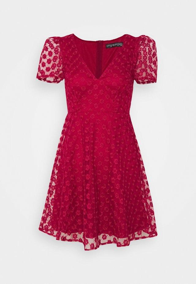 Cocktail dress / Party dress - chilli