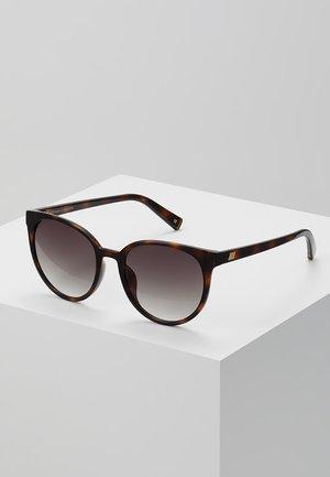 ARMADA - Sluneční brýle - tort