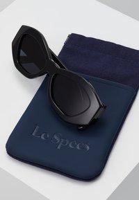 Le Specs - THE GINCHIEST - Solglasögon - black - 2