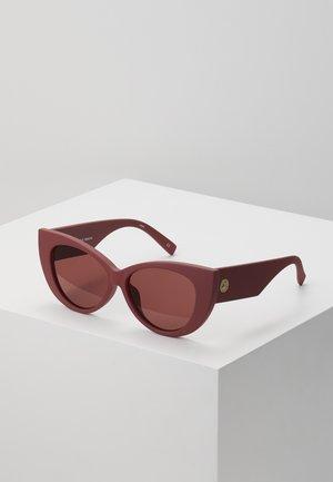 FELINE FINE - Sluneční brýle - matte rust