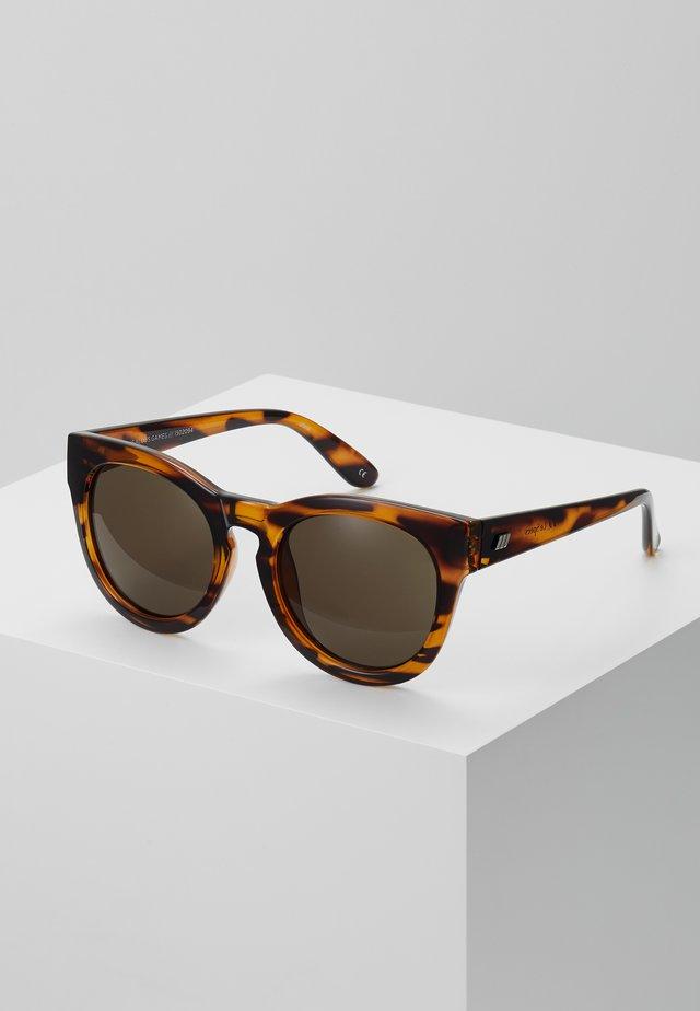 JEALOUS GAMES - Okulary przeciwsłoneczne - tort