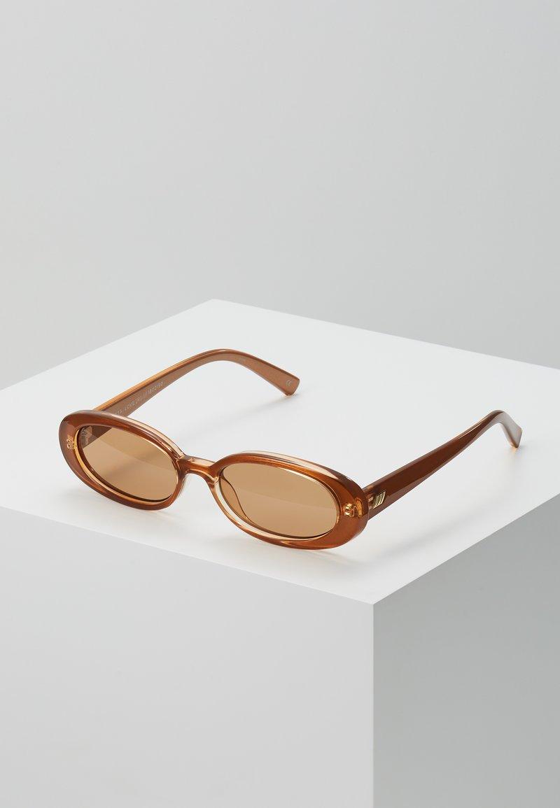 Le Specs - OUTTA LOVE  - Sluneční brýle - tan