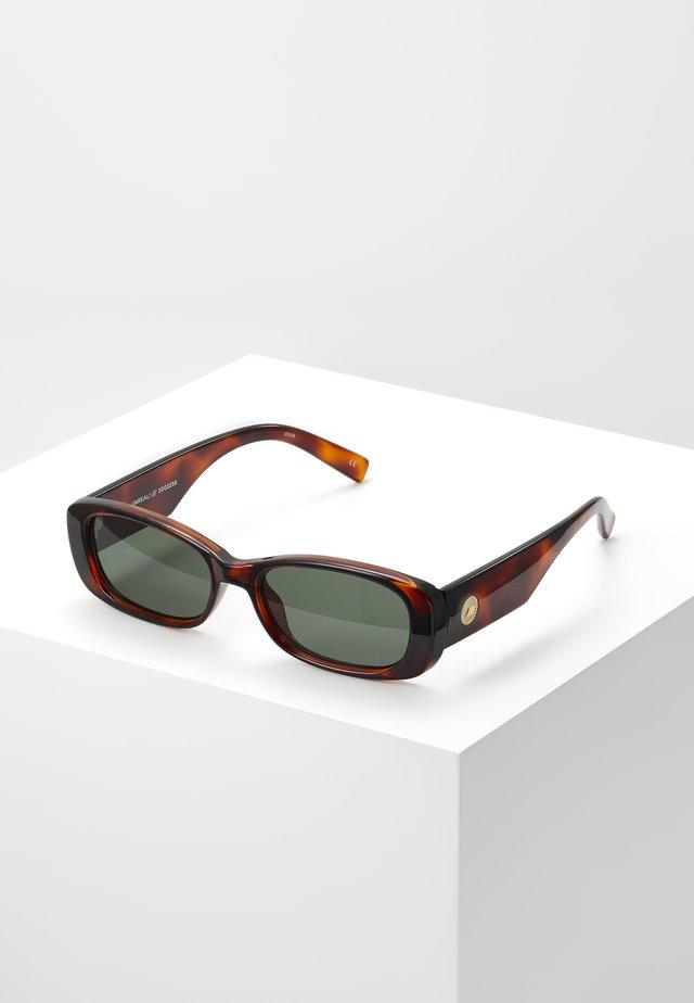 UNREAL! - Okulary przeciwsłoneczne - toffee tort