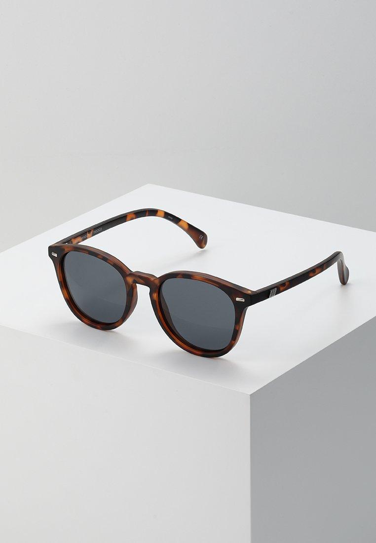 Le Specs - BANDWAGON - Aurinkolasit - smoke