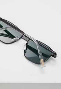 Le Specs - SUPASTAR - Solbriller - matte black - 4