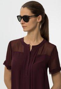 Le Specs - BANDWAGON - Gafas de sol - black rubber - 1