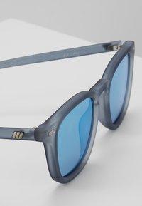 Le Specs - NO BIGGIE - Sonnenbrille - slate - 2