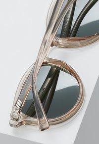 Le Specs - FIRE STARTER - Solbriller - stone - 5