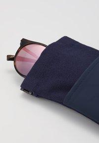 Le Specs - TORNADO - Sunglasses - tort - 3