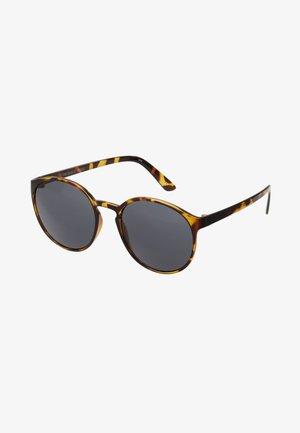 SWIZZLE - Sluneční brýle - smoke