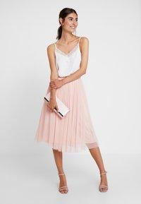 Lace & Beads - VAL SKIRT - A-line skjørt - peach - 1