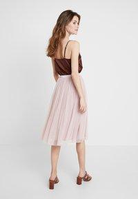 Lace & Beads - VAL SKIRT - Spódnica trapezowa - dark pink - 2