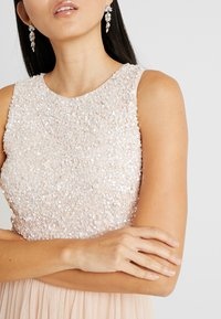 Lace & Beads - PICASSO MAXI - Galajurk - nude - 4