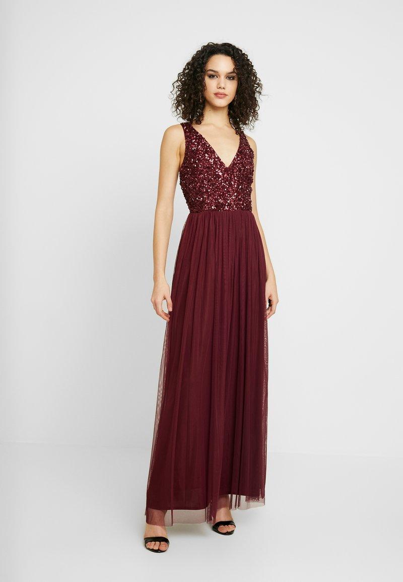 Lace & Beads - ALICE MAXI - Společenské šaty - burgundy