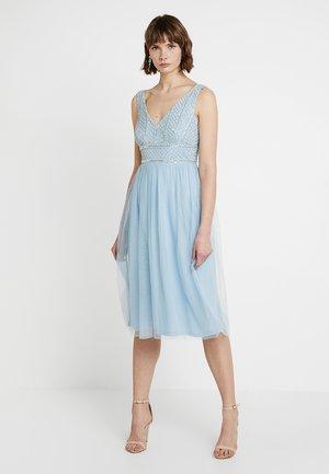 MULAN MIDI - Koktejlové šaty/ šaty na párty - sky blue