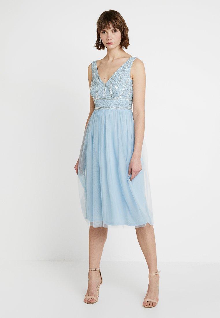 Lace & Beads - MULAN MIDI - Vestido de cóctel - sky blue